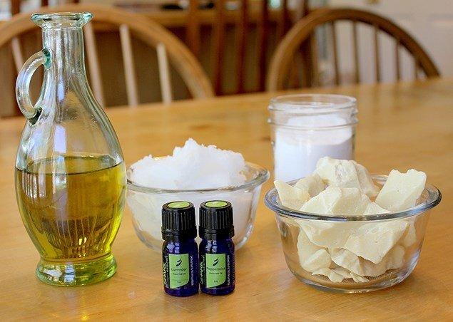 Ингридиенты для приготовления домашнего крема для век