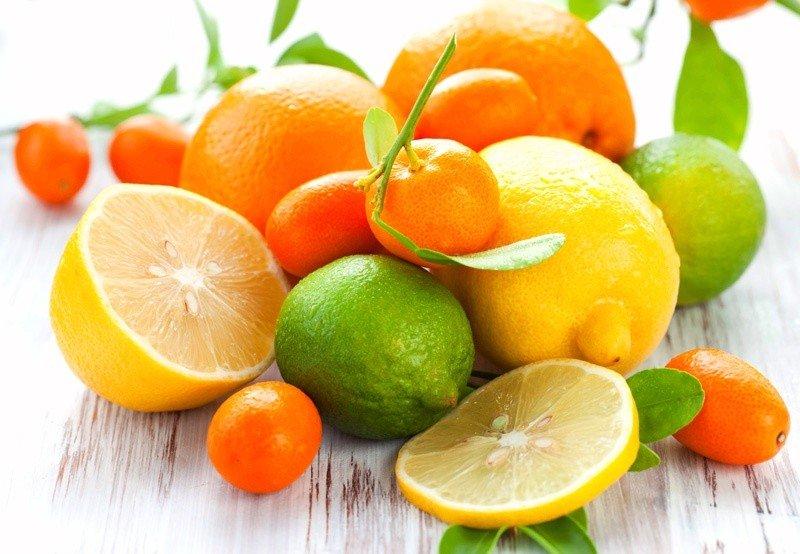 Цитрусовые фрукты лимон, апельсин, мандарин, лайм