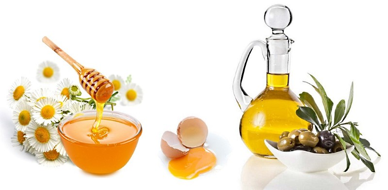 Мед, желток и оливковое масло