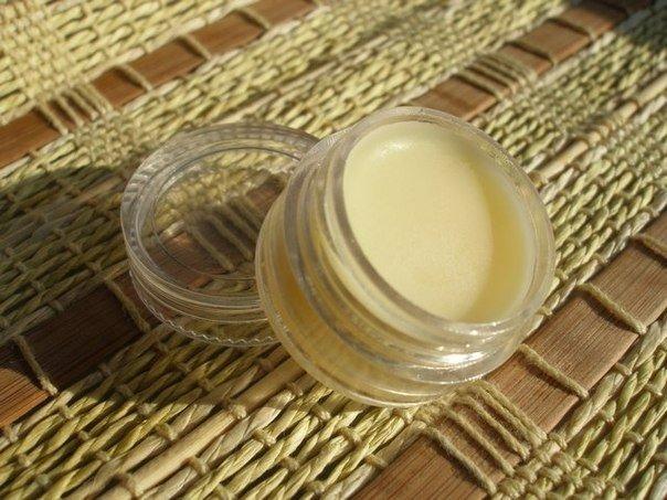 Домашний бальзам для губ с кокосовым маслом