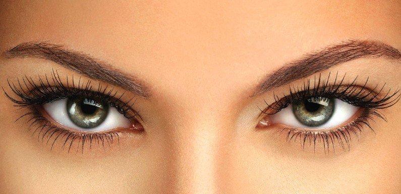 Красивые глаза и ресницы
