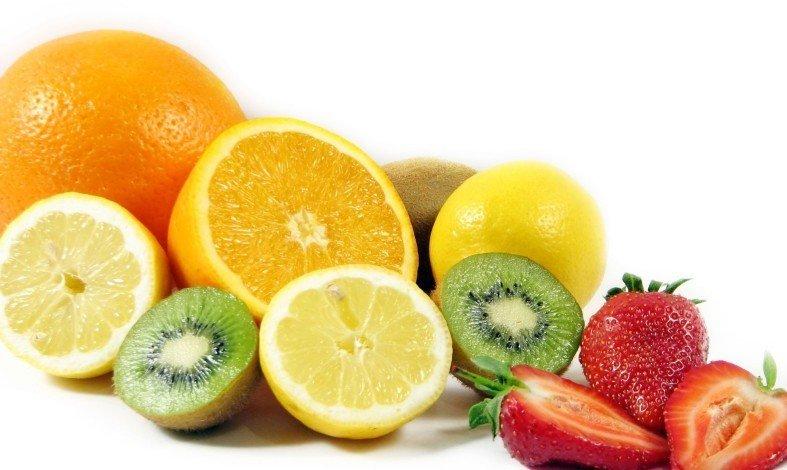 Лимон, апельсины, клубника, киви