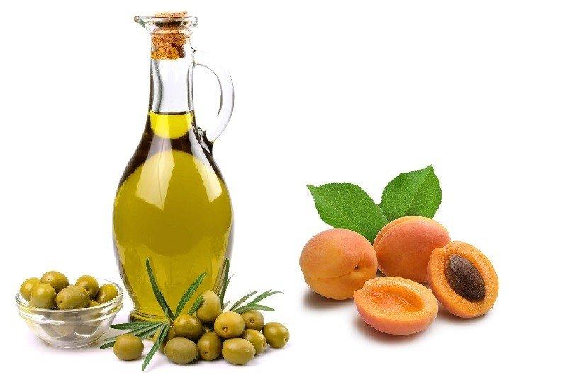 Абрикосы и оливковое масло