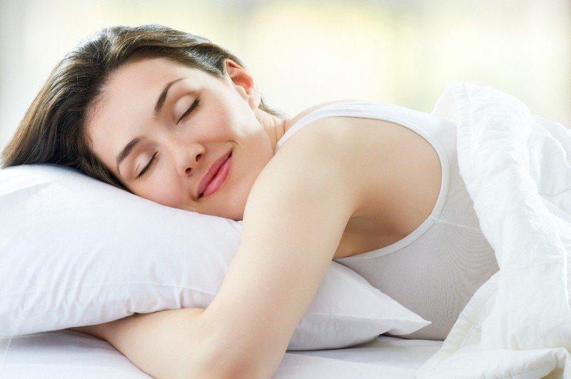 Здоровый сон важен для состояния кожи вокруг глаз
