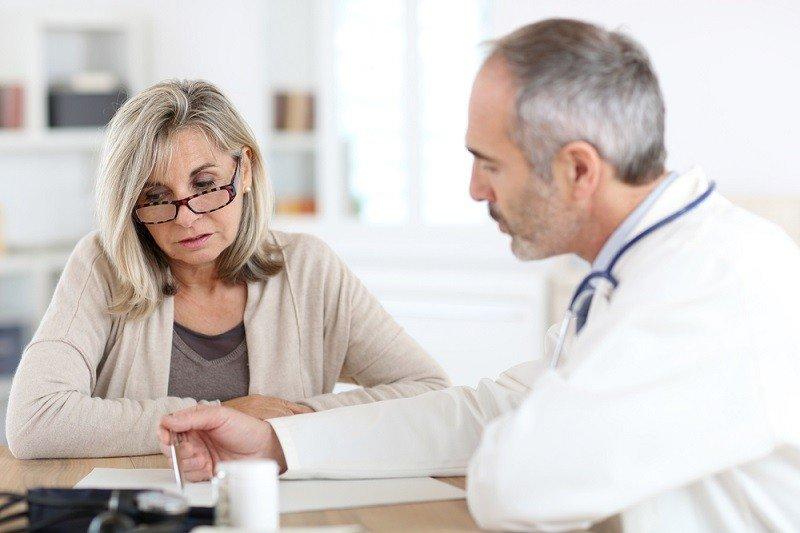 Женщина на приеме врача