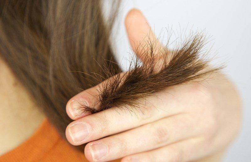 Посеченые кончики волос