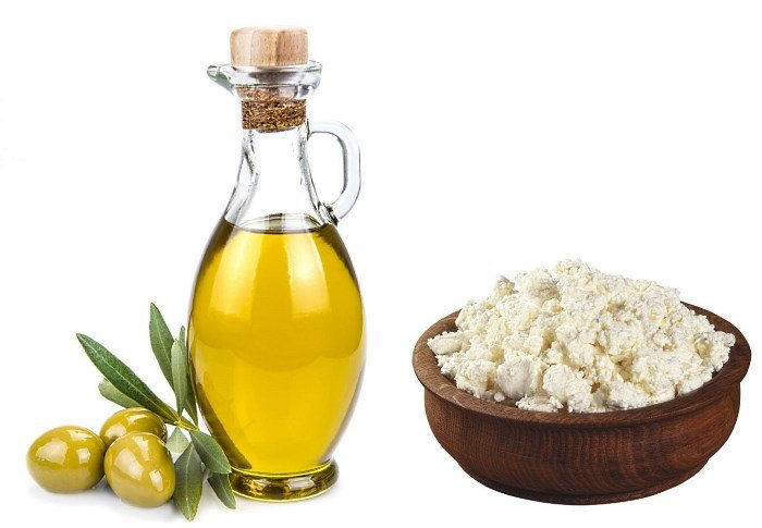 Творог и оливковое масло