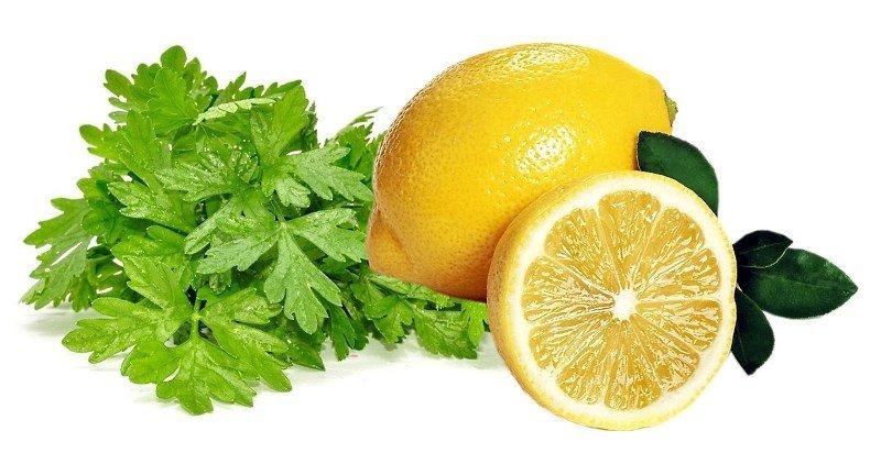 Классические народные средства от пигментации – петрушка и лимон