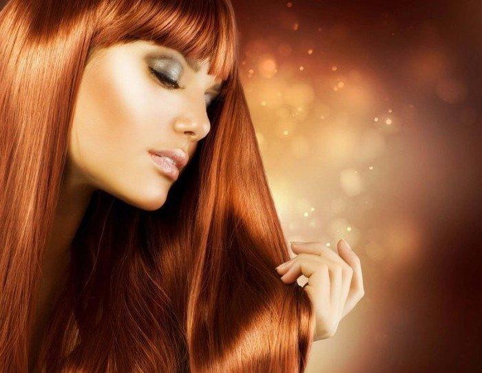 Красивые увлажненные волосы