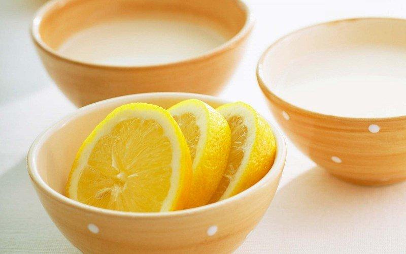 Лимон для отбеливания веснушек