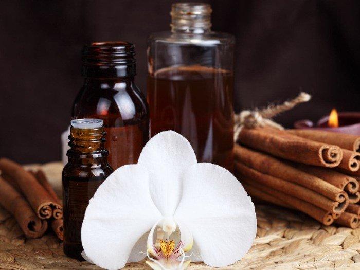 Корица, цветок орхидеи и анисовое масло
