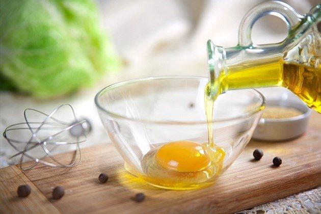 Мазь от натоптышей с яйцом и маслом