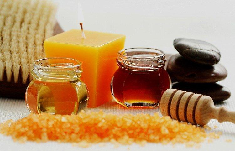 Мед, морская соль, свеча, камешки
