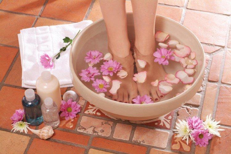 Ванночка с солью и травами