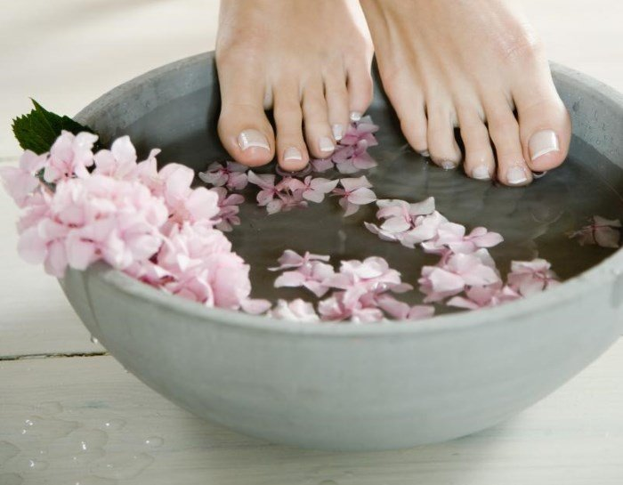 Ванночки для ног с морской солью