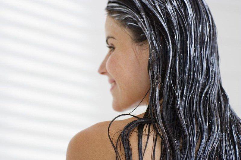 Бальзам-маска на волосах