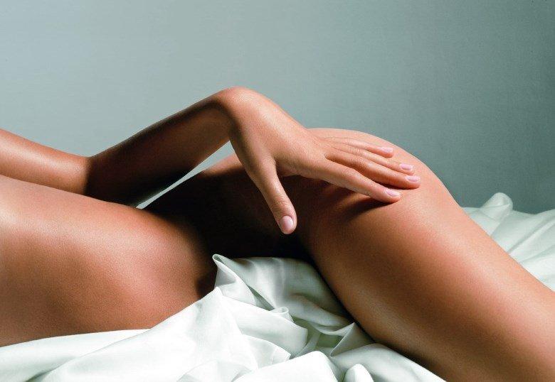Гладкая кожа после применения скраба