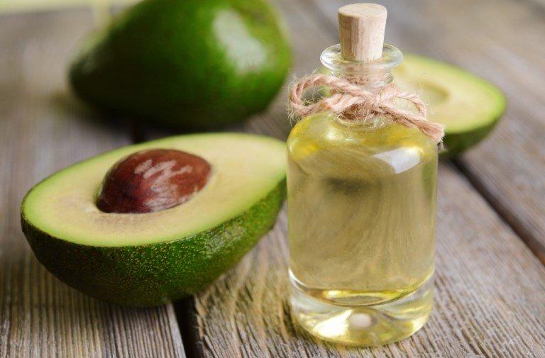 Растительное масло и авокадо