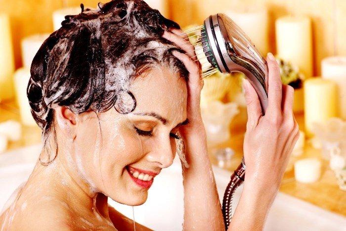 Мытье волос с коньяком