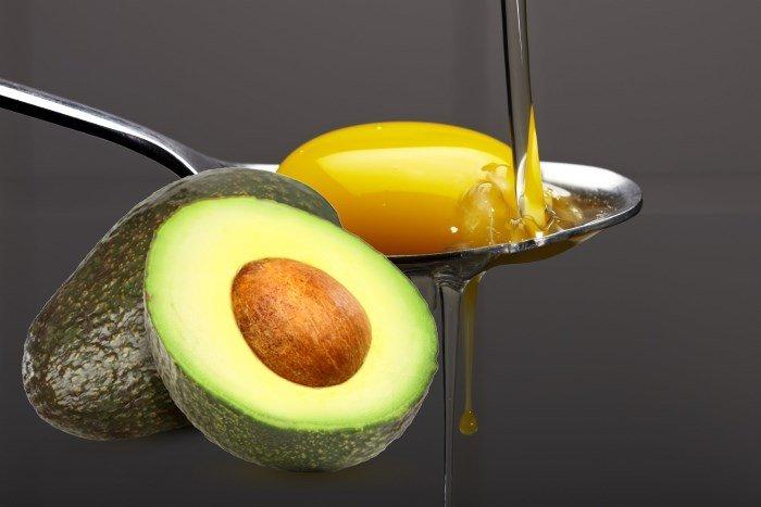 Авокадо и желток