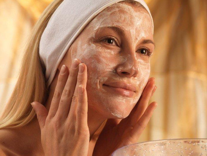 Увлажнение кожи лица при беременности