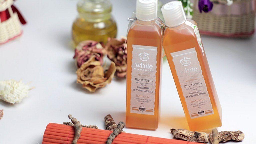 Применение органических шампуней и бальзамов при уходе за волосами
