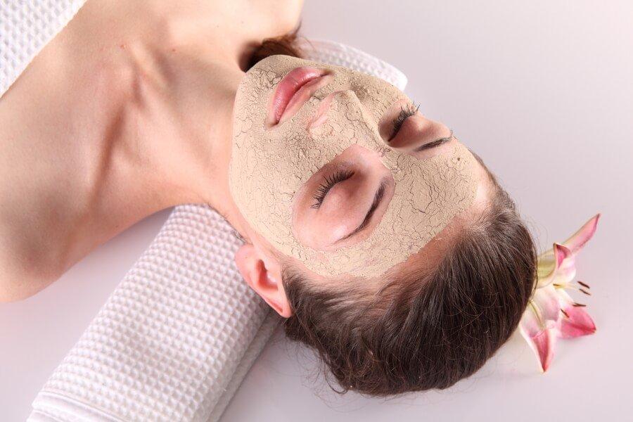 Применение маски для очень сухой кожи лица