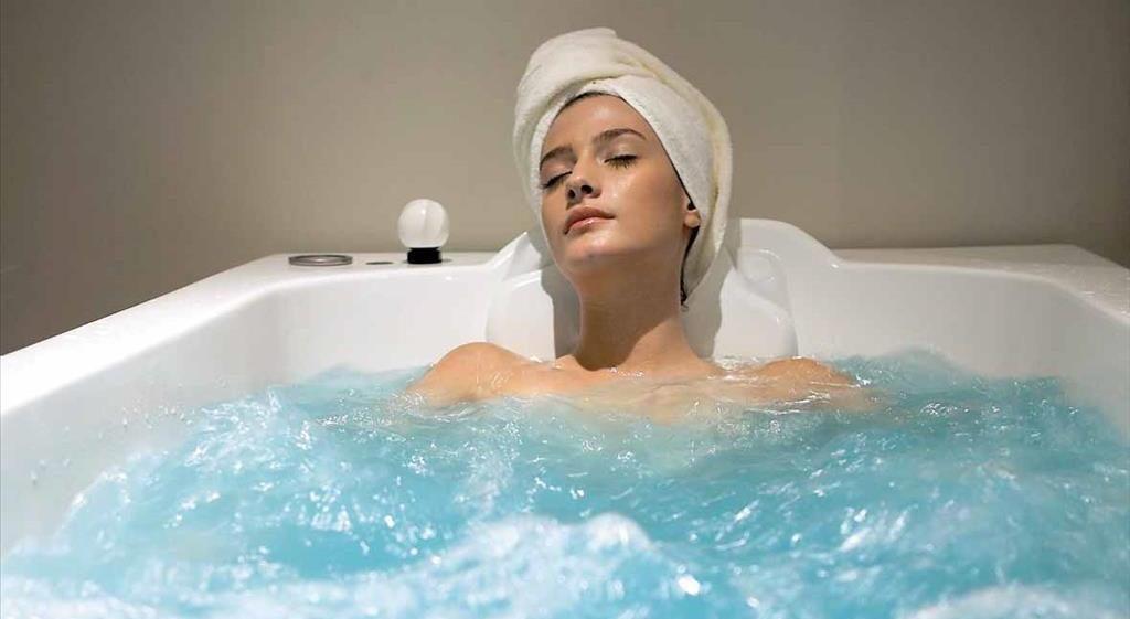 Соленая вода может стать причиной шелушения кожи