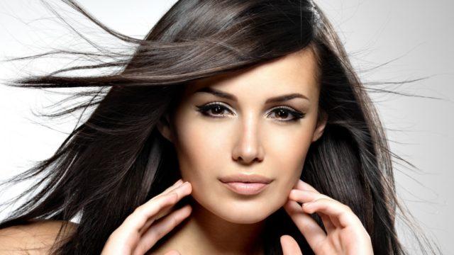 Качественная ламинирующая масса содержит в своем составе биокомплексы, которые будут оздоравливать волосы изнутри