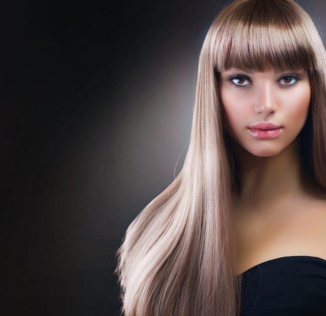 Помните, что принцип бразильского лечения (выравнивания) волос состоит в проникновении кератина в пустоты и их заполнение
