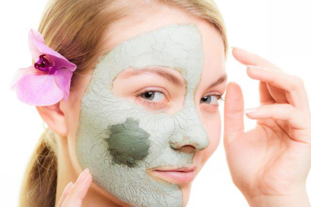 Кстати, можно использовать в качестве маски и одно розмариновое эфирное масло