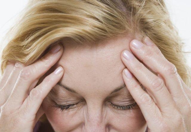 Себорейные высыпания на коже лица могут проявляться в разных вариациях