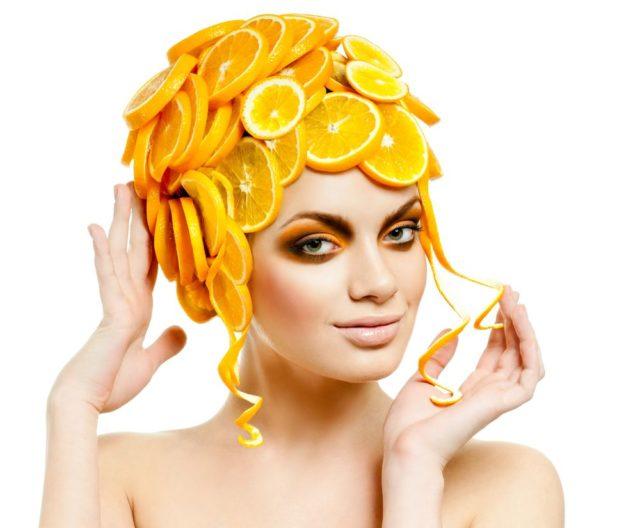 Кроме осветления, маска сделает волосы на вид более блестящими