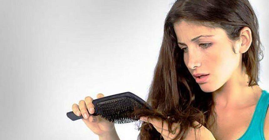 Выпадения волос у девушек