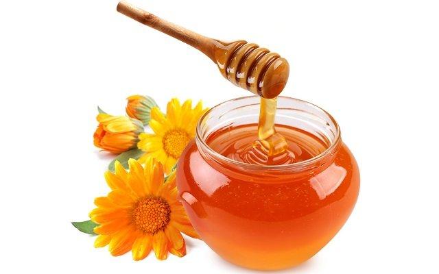 Простокваша и мед