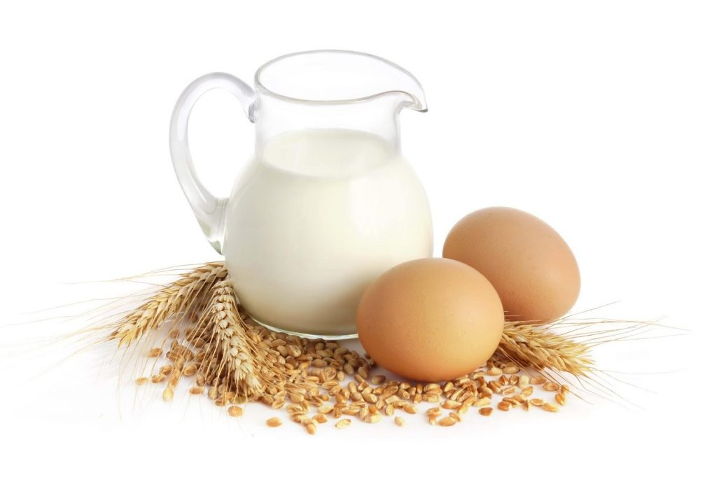 Молоко и 2 яйца