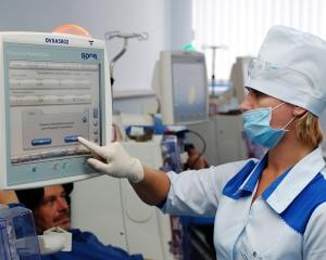 Почему люди обращаются в частные медицинские учреждения