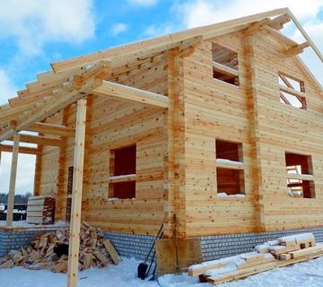 Особенности строительства частных домов из бруса